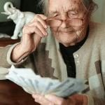 Что такое социальная пенсия и как она насчитывается