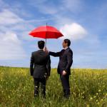 Зонт в руках
