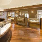 Сколько стоит 1 грамм золота 585 пробы в ювелирных магазинах России