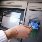 Может ли пристав снимать деньги со счета должника