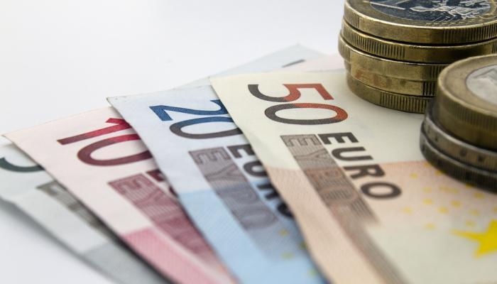Сколько валюты можно купить без паспорта за один раз