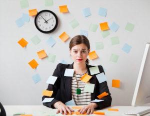 Чем занимается бухгалтер по зарплате и как на него выучиться