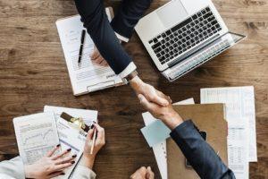 Как сделать счет на оплату в режиме онлайн и какой сервис выбрать