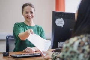 Как получить кредит или заем на выгодных условиях с помощью кредитного брокера